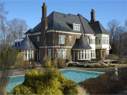 98-million-stately-english-manor-home-in-greenwich-connecticut-2-pool